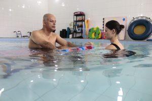 Fisioterapia na piscina